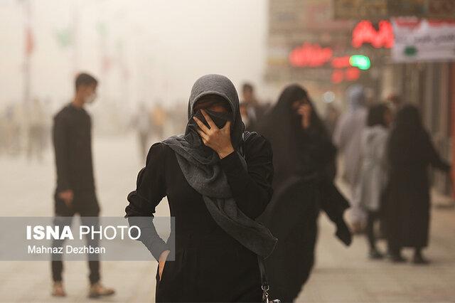 وزش باد شدید و وقوع گرد و خاک در ۱۴ استان کشور