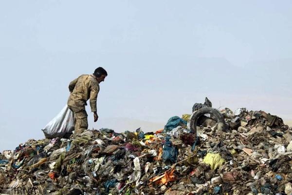 نگرانی از حجم بالای زبالههای بیمارستانی در کهریزک