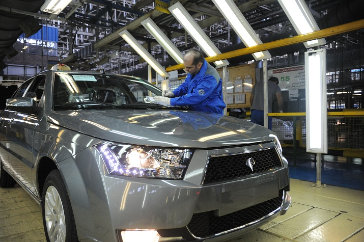 معاون بازاریابی و فروش ایران خودرو اعلام کرد: چگونگی ثبت نام در طرح های جدید فروش و تحویل خودرو