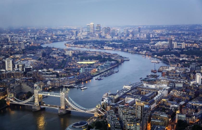 تبدیل مرکز لندن به منطقه خالی از خودرو /  پیاده روی و دوچرخه سواری به جای اتوبوس و مترو