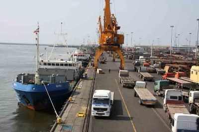 پهلوگیری همزمان ۸ کشتی در بندر چابهار برای اولین بار