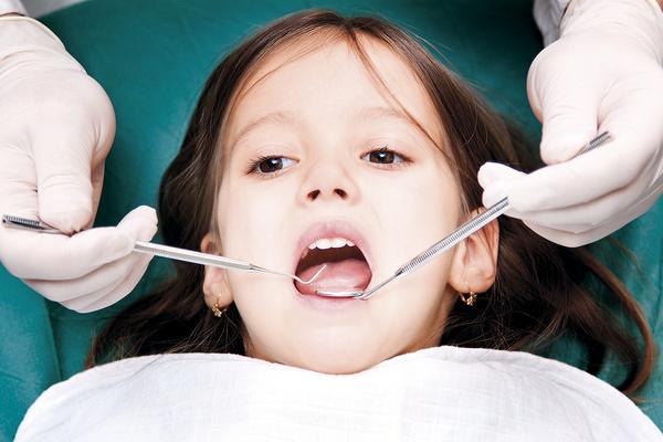 ستاد کرونا: دندانپزشکان فعالیت خود را آغاز کنند