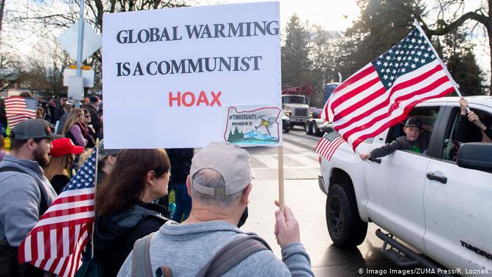 تئوریهای توطئه گرم شدن کره زمین توطئه کمونیست هاست
