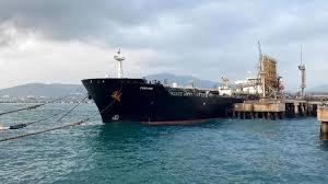 پنجمین نفتکش ایران در آبهای ونزوئلا لنگر میاندازد