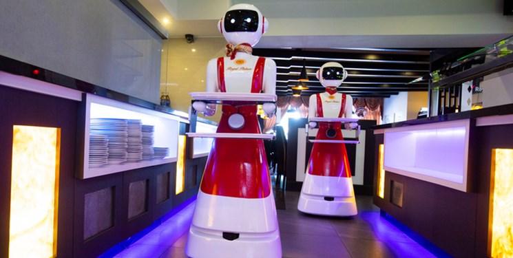 خدمتکاران این رستوران ربات هستند (+عکس)