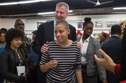 اعتراضات آمریکا: دستگیری دختر شهردار نیویورک در اعتراضات/ کشته شدن یک فوتبالیست سابق با شلیک گلوله در تظاهرات/ وعده ترامپ به سرکوب سختتر