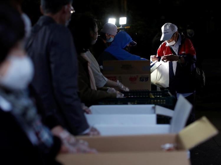 کمک به کارگران سالمند ژاپنی