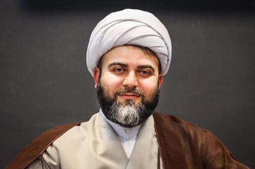 حضرت حجتالاسلام، آن خواننده مخاطب خود را میشناسد، شما هم میشناسید؟