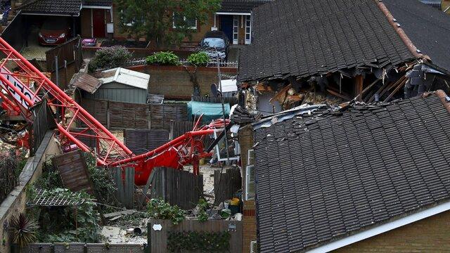سقوط جرثقیل در لندن