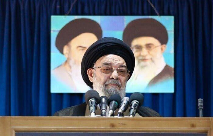 امام جمعه اصفهان: دوچرخه سواری زنان را ترویج نکنید / علما می گویند جایز نیست