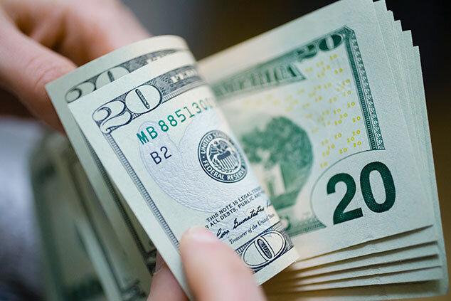 دلار 22 هزار و 450 تومان شد/ یورو 24 هزار و 550