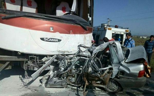 گیلان/ تصادف خونین اتوبوس با پراید/ 6 نفر کشته شدند