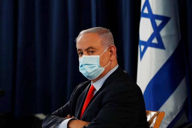 بنیامین نتانیاهو با ماسک