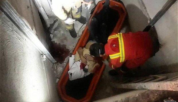 سقوط مرگبار کارگر جوان در چاهک آسانسور
