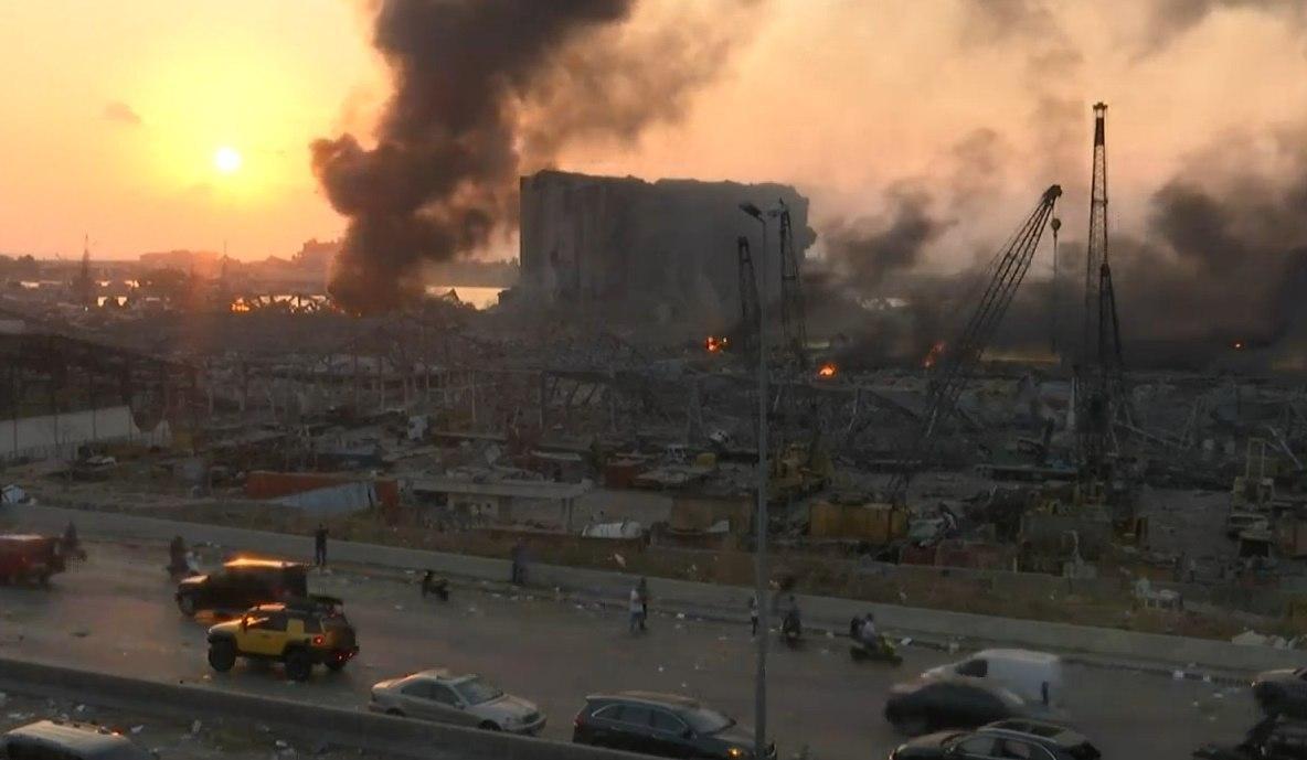وقوع انفجار مهیب در بندر بیروت لبنان (+فیلم)