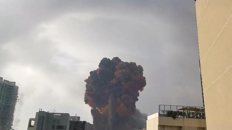 دود انفجار در بیروت
