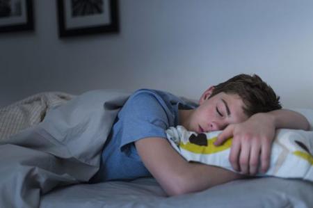 دلایل اختلال خواب نوجوانان