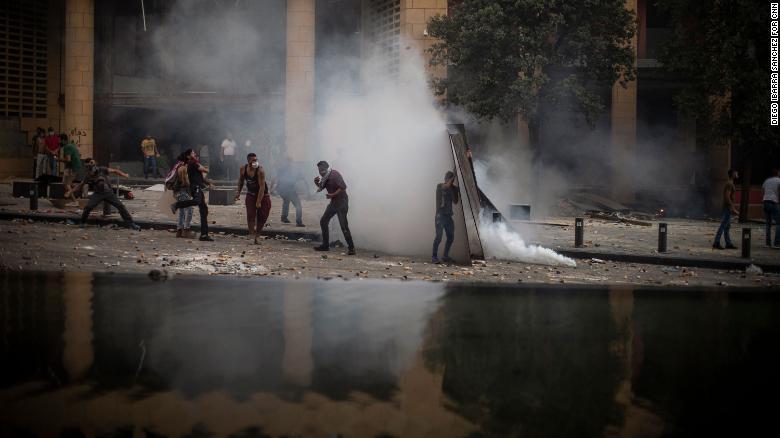 اعتراضات به انفجار بیروت