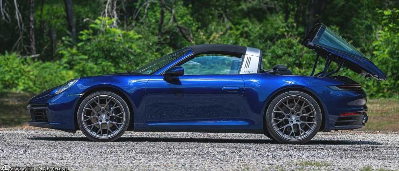 پورشه 911 تارگا 4؛ خودرویی که باتوجه به مکانیسم سقف نامگذاری شده است (+تصاویر)