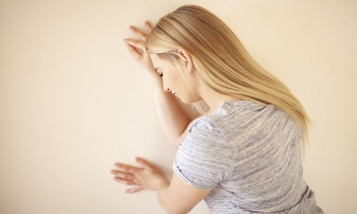 سرگیجه هنگام برخاستن و 2 دلیل برای نگرانی