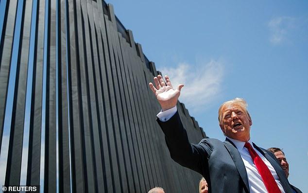 دیوار ترامپ فروریخت (+فیلم)