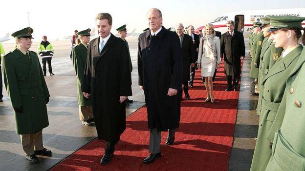 پادشاه سابق اسپانیا و معشوقه اش در آلمان