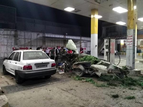انفجار خودروی پیکان وانت در حین سوخت گیری CNG