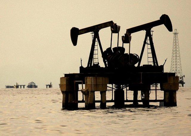 کاهش تولید نفت آمریکا در پی وقوع طوفان سهمگین