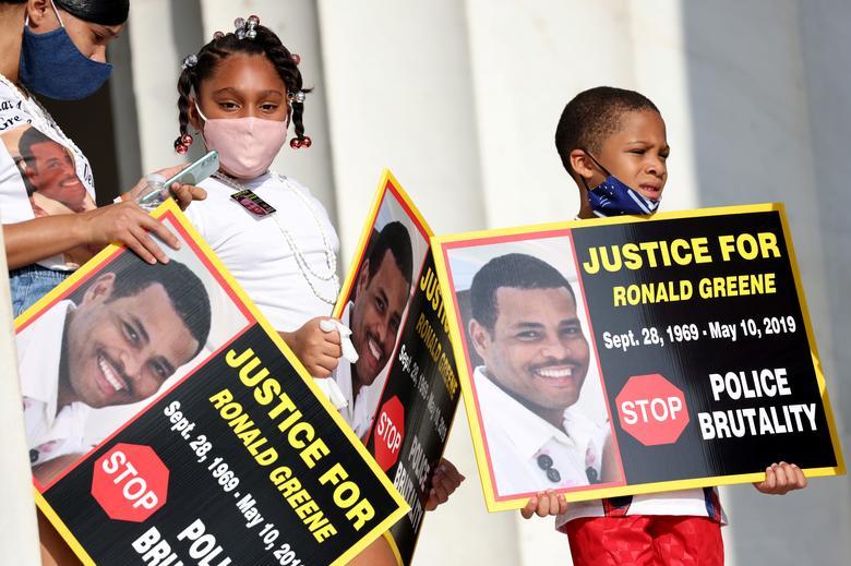 تظاهرات آمریکا برای مرگ یک سیاه پوست