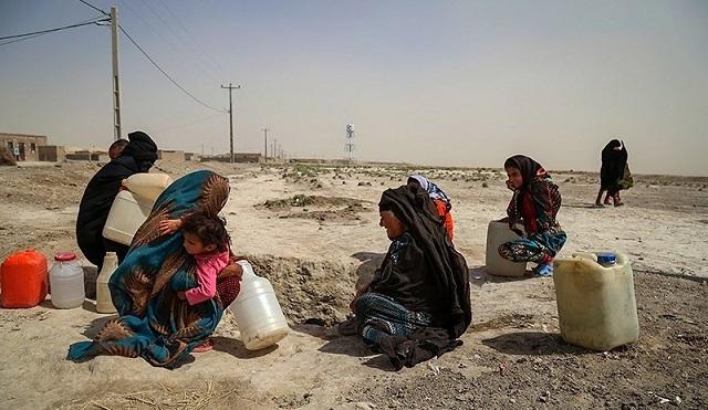 دختران دبههای آب سيستان و بلوچستان