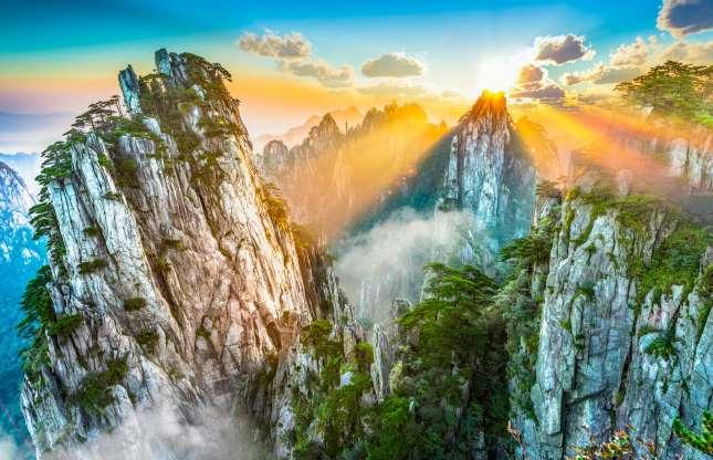 کوه هونگ شان، آنهویی در چین