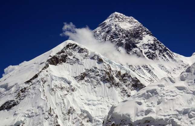 کوه اورست، هیمالیا، نپال و تبت
