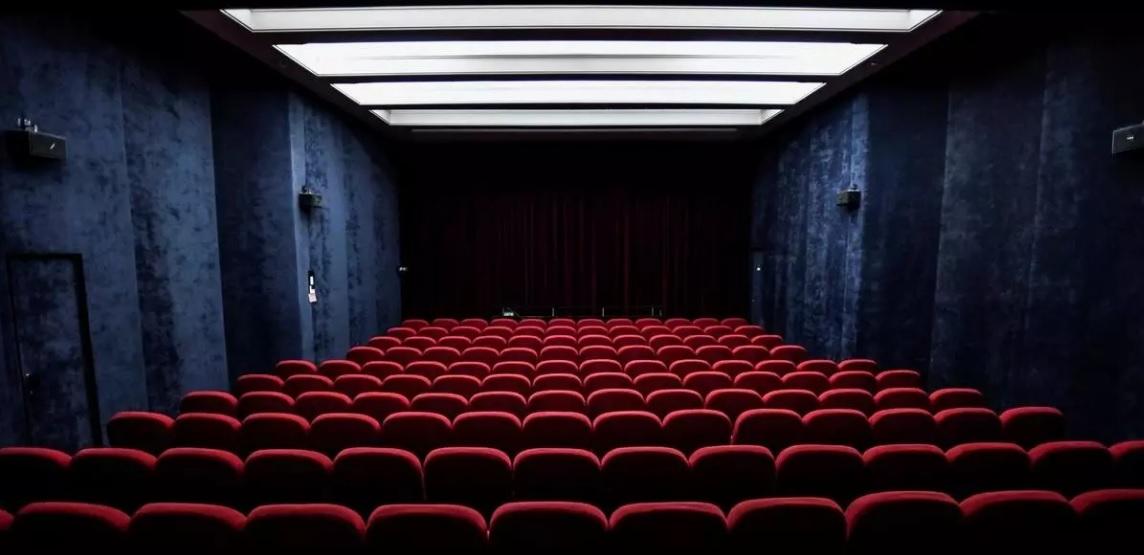 سینماداران فرانسه: در ساعات نمایش فیلم تخفیفدهید/ دولت: استثنا نداریم