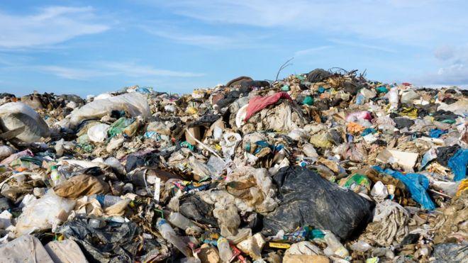 سری لانکا زباله بریتانیا