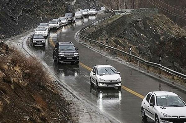 بارش برف و باران در جاده های ۱۵ استان کشور