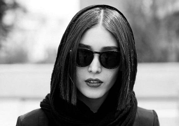 گلایه فرشته حسینی (بازیگر): امروز روز خوبی برای مادرم نبود / منتظر پاسخی هستم از طرف هر مسیولی!