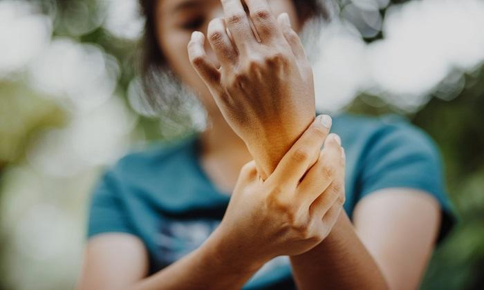 ارتباط درهم تنیده آرتریت روماتوئید و سرطان