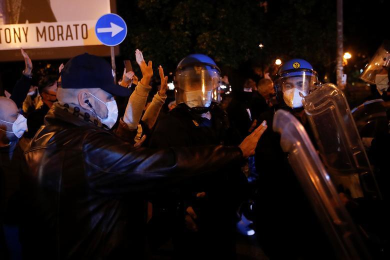 تظاهرات ضد قرنطینه در اروپا