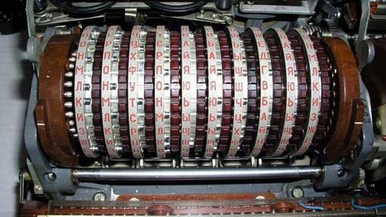 دستگاه رمزنگار روسی به نام «فیالکا»