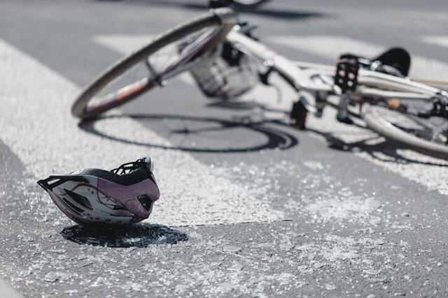 آزار دوچرخهسواران توسط رانندهها/  از پاشیدن آب جوش تا لمس فیزیکی