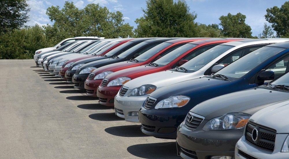 در بازار خودرو چه میگذرد؟ (+جدول قیمت روز ایران خودرو و سایپا)