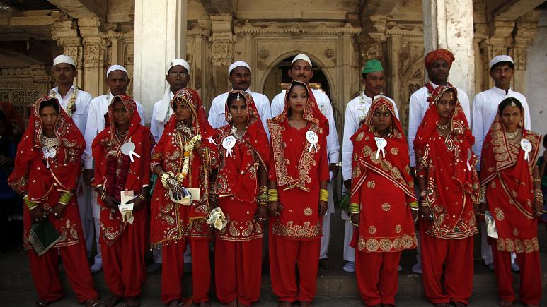 هند؛ بازداشت ۱۰ داماد مسلمان به دلیل تغییر دادن مذهب عروس