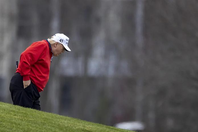 ترجیح ترامپ به گلف بازی به جای حضور در نشست بحران کرونا رهبران گروه بیست (+عکس)