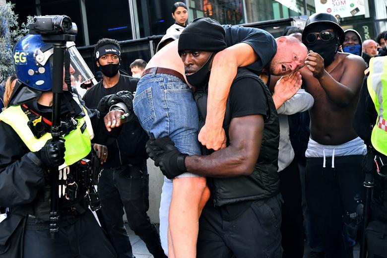 تظاهرات زندگی سیاهان مهم است در لندن