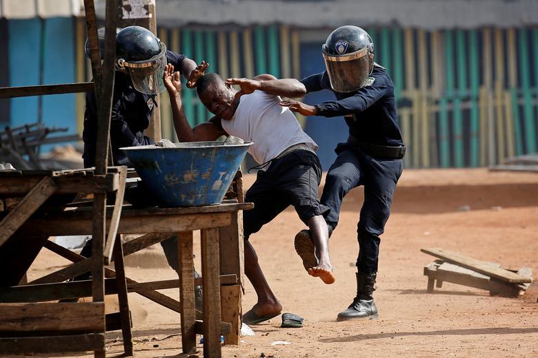 تظاهرات ساحل عاج