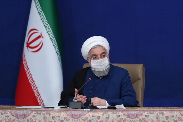 روحانی: فقط ۱۲ شهرستان قرمز است