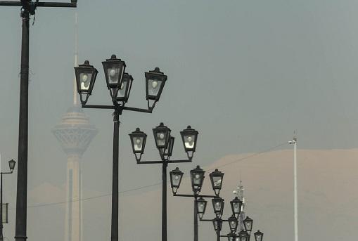 تهران آلوده است/ بیماران قلبی و ریوی در خانه بمانند