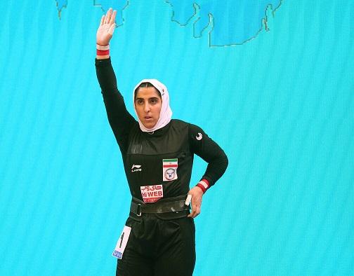 نخستین بانوی مدالآور وزنهبرداری ایران مصدوم شد
