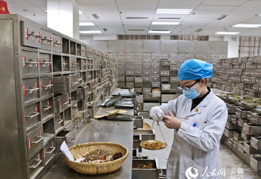 دکتر خیراندیش: چین با طب سنتی اش کرونا را مهار کرد