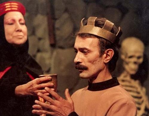 پرویز پورحسینی در تئاتر